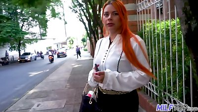 Young vlogger picks up super down in the mouth Colombian woman Sofia Zarate and fucks her cunt