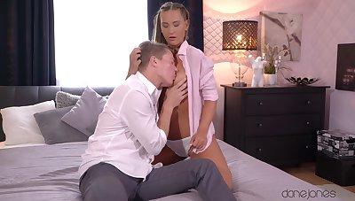 Sweetie soaks her lips surrounding sperm after getting laid like sluts